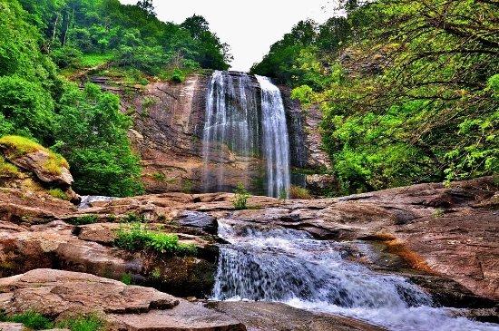 suuctu-waterfall